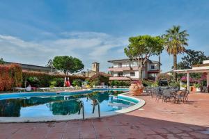Hotel Delfa - AbcAlberghi.com