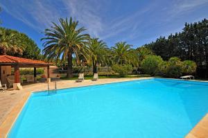 Campo nell'Elba Villa Sleeps 10 Pool WiFi - AbcAlberghi.com