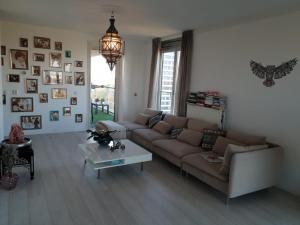 obrázek - Spacious 2-bedroom apartment, perfect location!