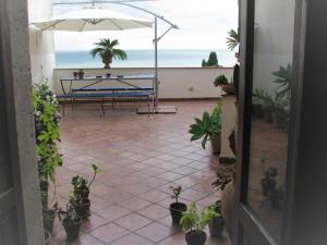 Etna & Sea View- Apartment in the heart of Taormin - AbcAlberghi.com