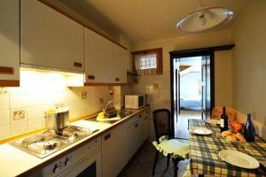 Livigno Apartment Sleeps 3 - AbcAlberghi.com