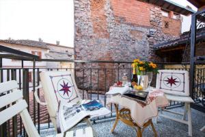 Montelago-San Gottardo Apartment Sleeps 4 - AbcAlberghi.com