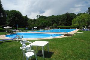 Ispra Villa Sleeps 5 Pool - AbcAlberghi.com