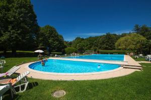 Ispra Villa Sleeps 6 Pool - AbcAlberghi.com