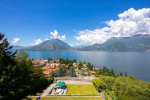 Gisazio Villa Sleeps 10 Air Con - AbcAlberghi.com