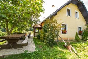 Holiday Home Juričko - Bizeljsko
