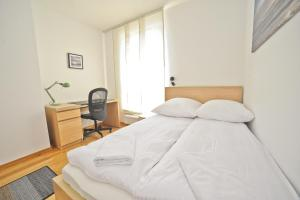 Three bedrooms with panorama of the Old Town