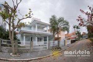 Bela casa - Palmas do Arvoredo - Governador Celso Ramos