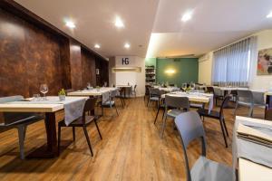 Hotel Gardenia, Hotely  Romano Canavese - big - 100