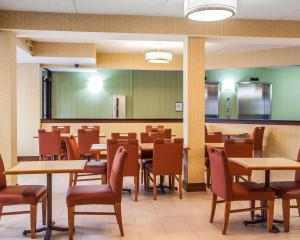 Comfort Inn Lehigh Valley West, Hotels  Fogelsville - big - 33