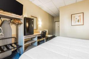 Econo Lodge Johnstown, Hotel  Johnstown - big - 15