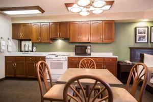 Sleep Inn Sumter, Hotels  Sumter - big - 29