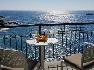 Fivestay Casa Gabri 2 Monolocale a picco sul mare - AbcAlberghi.com