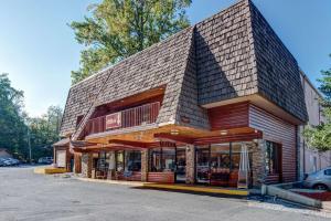 Quality Inn Creekside - Downtown Gatlinburg - Townsend