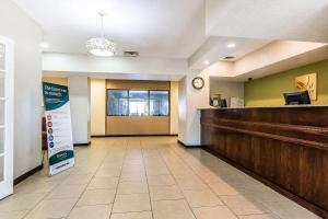 Quality Inn & Suites La Vergne, Hotel  La Vergne - big - 8
