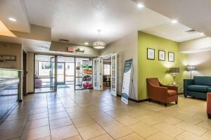 Quality Inn & Suites La Vergne, Hotels  La Vergne - big - 26