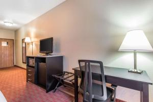 Quality Inn & Suites La Vergne, Hotel  La Vergne - big - 34