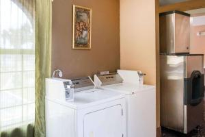 Quality Inn & Suites I-35 near AT&T Center, Hotels  San Antonio - big - 31