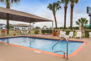 Quality Inn & Suites I-35 near AT&T Center, Hotels  San Antonio - big - 12