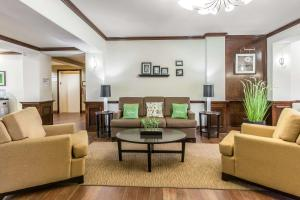 Sleep Inn & Suites Bush Intercontinental - IAH East, Hotels  Humble - big - 30