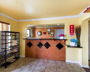 Econolodge Inn & Suites Downtown Northeast, Motel  San Antonio - big - 22