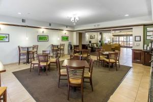 Sleep Inn & Suites Bush Intercontinental - IAH East, Hotel  Humble - big - 39