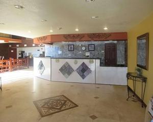 Econo Lodge Inn & Suites Tyler, Hotely  Tyler - big - 11