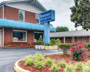 Rodeway Inn & Suites Williamsb..