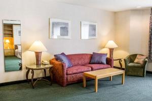 Rodeway Inn Abbotsford, Hotel  Abbotsford - big - 33