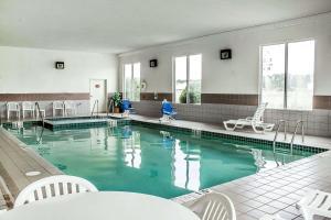 Rodeway Inn Abbotsford, Hotel  Abbotsford - big - 11