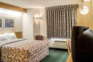 Rodeway Inn Abbotsford, Hotel  Abbotsford - big - 36