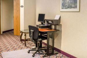 Rodeway Inn Abbotsford, Hotel  Abbotsford - big - 17