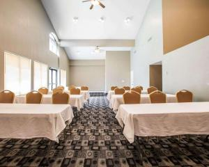 Rodeway Inn & Suites Milwaukee Airport, Отели  Милуоки - big - 8