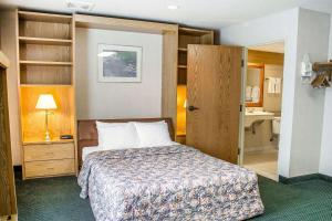 Rodeway Inn Abbotsford, Hotel  Abbotsford - big - 23