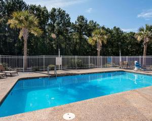 Econo Lodge Inn & Suites Natchitoches, Hotely  Natchitoches - big - 25