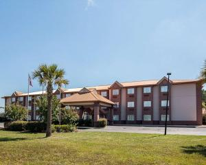 Econo Lodge Inn & Suites Natchitoches, Hotely  Natchitoches - big - 36