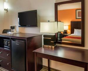 Econo Lodge Inn & Suites Natchitoches, Hotely  Natchitoches - big - 24