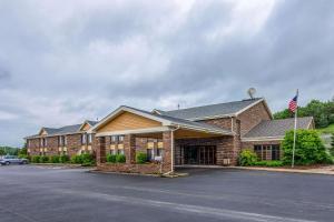 Quality Inn Tully I-81 - Hotel - Tully