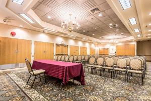 Quality Inn near Finger Lakes and Seneca Falls, Hotely  Waterloo - big - 52