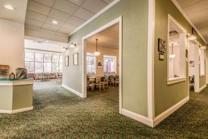 Quality Inn near Finger Lakes and Seneca Falls, Hotely  Waterloo - big - 51