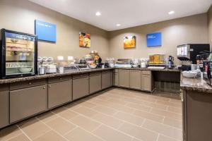 Comfort Inn & Suites IAH Bush Airport – East, Hotely  Humble - big - 22