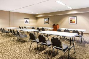 Comfort Inn & Suites IAH Bush Airport – East, Hotely  Humble - big - 21
