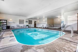 Quality Inn and Suites Summit County, Hotely  Silverthorne - big - 17