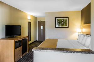 Quality Inn and Suites Summit County, Hotely  Silverthorne - big - 23