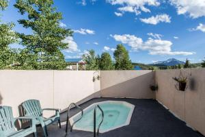 Quality Inn and Suites Summit County, Hotely  Silverthorne - big - 35
