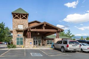 Quality Inn and Suites Summit County, Hotely  Silverthorne - big - 39