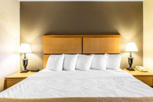 Quality Inn and Suites Summit County, Hotely  Silverthorne - big - 40