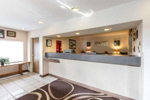 Quality Inn and Suites Summit County, Hotely  Silverthorne - big - 46