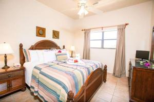 Clarion Suites Roatan at Pineapple Villas, Hotely  First Bight - big - 2