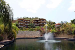 Clarion Suites Roatan at Pineapple Villas, Hotely  First Bight - big - 20